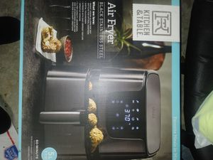 KITCHEN & TABLE... STAINLESS STEEL AIR FRYER $100 .....OBO for Sale in Odem, TX