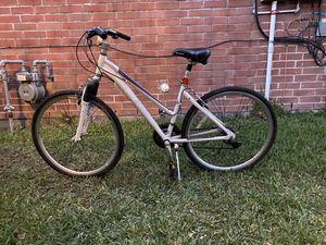 """Schwinn bike 27"""" for Sale in Missouri City, TX"""