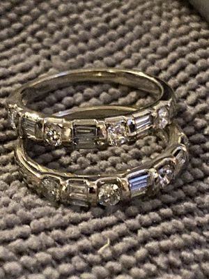 14k gold diamonds size 6 plz read for Sale in Skokie, IL