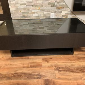 Ikea Ramvik Coffee Table With Two Side Drawers & Top With Glass for Sale in Vancouver, WA