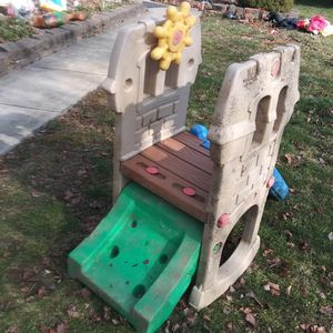 KIDS PLAY PIECE. for Sale in Columbus, OH