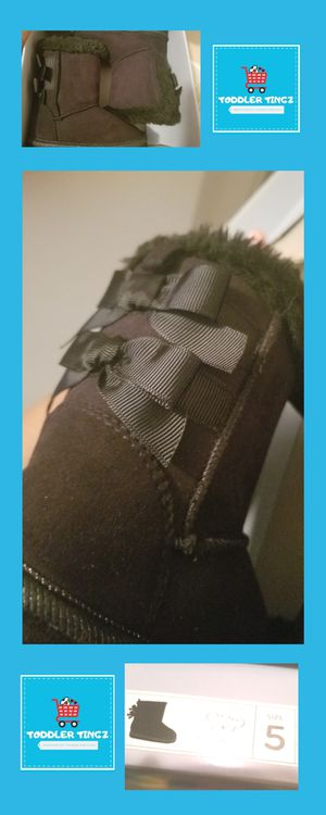 **Brand New** Toddler Girls Boots with the Fur & Adorable Bows! for Sale in Cleveland, OH