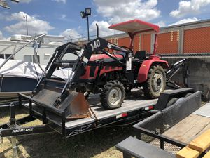 Foton 25hp 4x4 tractor. W/front loader and backhoe for Sale in Pflugerville, TX