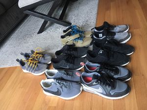 Mens Sz. 9-91/2 Nike & Adidas for Sale in Chicago, IL