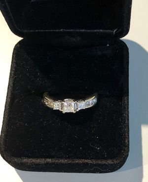 18k White Gold 1 Carat Diamond Ring for Sale in Austin, TX