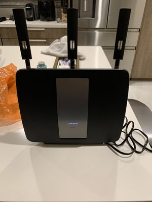 Linksys EA9200 AC3200 Tri-Band WiFi Router for Sale in Miami, FL