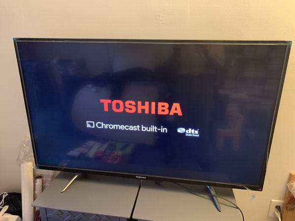 "Toahiba 50"" 4K HDTV very good condition"