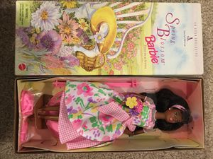 $100 or OBO SPRING BLOSSOM AFRICAN AMERICAN BARBIE for Sale in Clarksburg, MD