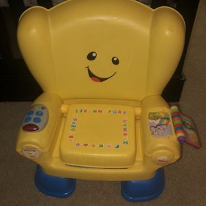 Fisher Price Learning Chair for Sale in Tolleson, AZ