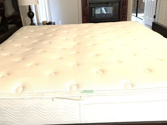 King Size Mattress for Sale in Tempe,  AZ