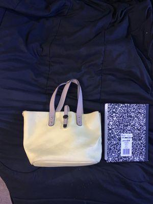 Small yellow purse for Sale in Glen Burnie, MD