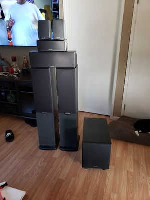 Polk audio surround sound 6 speakers and a powered subwoofer for Sale in Portland, OR