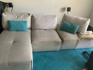 Laney Park sectional couch for Sale in Miramar, FL