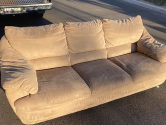 Couch Three Seater for Sale in Phoenix,  AZ