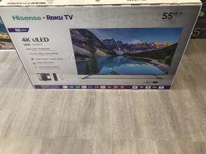 55 INCH HISENSE ROKU R8 SMART TV for Sale in Chino Hills, CA