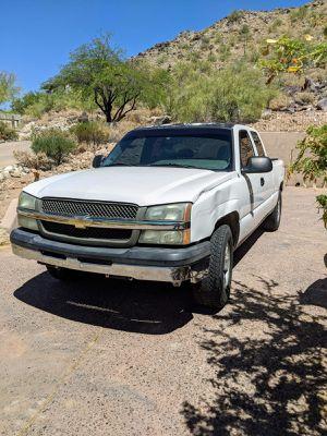 CHEVY SILVERADO 2004 for Sale in Phoenix, AZ