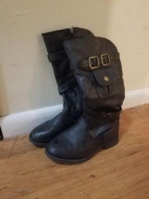 Little girls boots size 3 for Sale in Corbin, KY