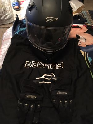 Like New Motorcycle helmet and motorcycle gloves for Sale in Philadelphia, PA