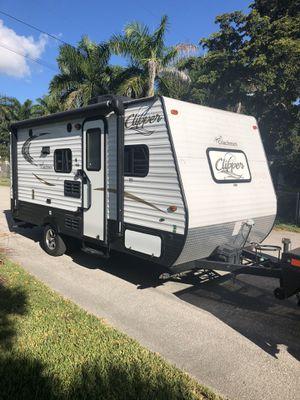 2017 Coachmen clipper bunkhouse for Sale in Hialeah, FL