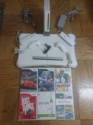 Nintendo Wii Bundle for Sale in Greenbelt, MD