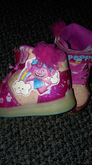 Trolls brand girls size 5 for Sale in Tacoma, WA