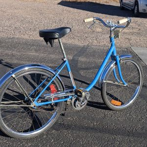Low Step-COBBY - Shimano Three Speed Hub,26-in Tires, 17-in Frame for Sale in Apache Junction, AZ