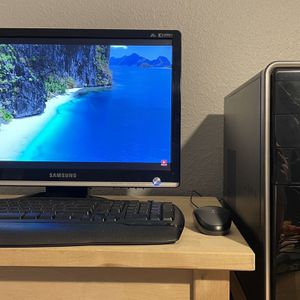 """Dell Computer Inspiron 3847 With 19"""" Samsung Monitor for Sale in Las Vegas, NV"""