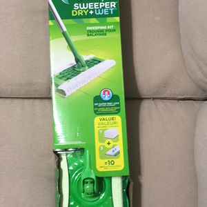 Swiffer Sweeper Pet Heavy Duty Dry + Wet All Purpose Floor Mopping and Cleaning Starter Kit Includes for Sale in Ronkonkoma, NY