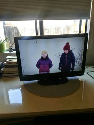 Emerson 32 in LC320EMX Flat Screen TV for Sale in UNM, NM