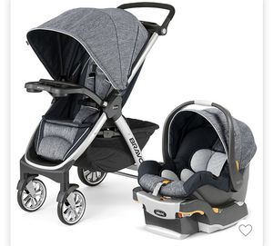Target chicco baby stroller and car seat with base for Sale in Pembroke Pines, FL