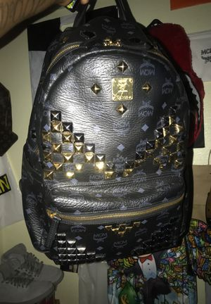 Deluxe mcm bag studded black edition for Sale in Las Vegas, NV