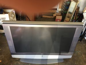60 inch LCD Sony TV for Sale in Suisun City, CA