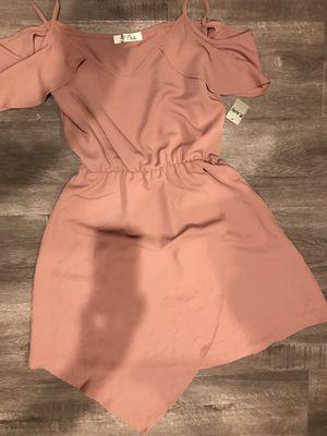Cute dress new size small/medium 10$ for Sale in Carson, CA