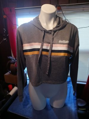 Like New Women Hollister Hoodie size xs for Sale in Lawrence Township, NJ