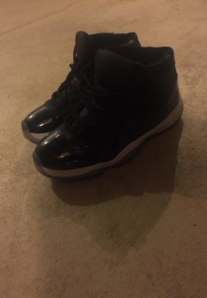 Jordan 11s retro space jam for Sale in Detroit, MI