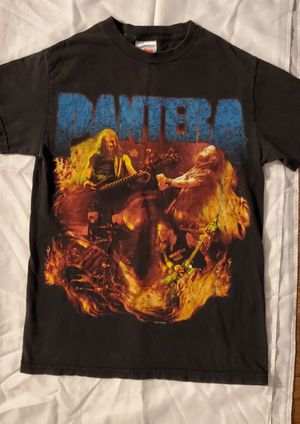 PANTERA MUSIC CONCERT (SMALL SIZE ) TSHIRT PRE-OWNED IN GOOD. for Sale in Lynwood, CA