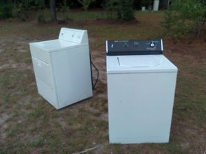 Hotpoint washer. Kenmore dryer for Sale in Pelion, SC