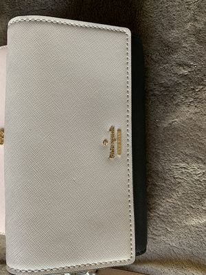 $75 Dlls KATE SPADE ♠️ COLOR NUDE &BLACK for Sale in Fontana, CA