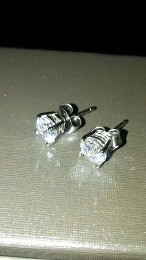 .80ctw Lab Created Diamond Ear Studs ..80ctw .40ct each Set in 14kt WG GIA certed Absolutely stunning Asking 120 for Sale in Dallas, TX