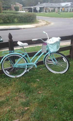 Huffy Nassau cruiser bike for Sale in District Heights, MD