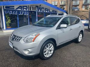2013 Nissan Rogue sv awd for Sale in Arlington, VA