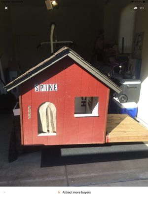 Dog house for Sale in Clovis, CA