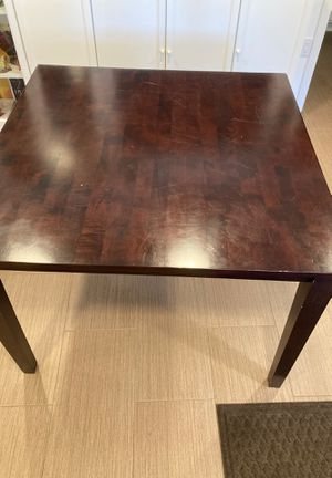 Table (kitchen/dining) normal height for Sale in Tacoma, WA