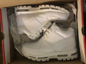 Nike Boots sz 8.5 $100 for Sale in Columbus, OH