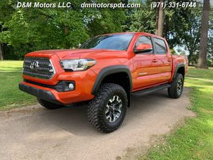2017 Toyota Tacoma TRD-OFF ROAD, V6 4X4, MTS/Crawl Mode, Locking Diff for Sale in Portland, OR