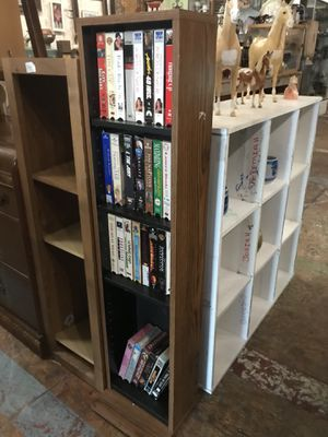 Shelf small bookcase for Sale in San Diego, CA