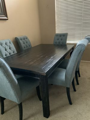Beautiful dining table for Sale in Phoenix, AZ