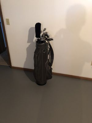 Starter set of golf clubs for Sale in Westlake, OH