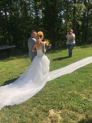 Wedding dress for Sale in Osage Beach, MO
