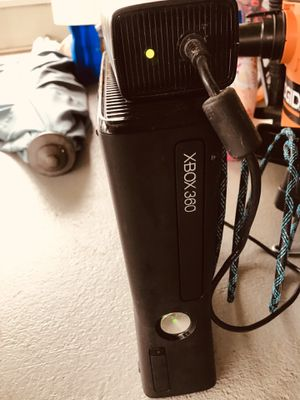 Xbox 360 S 4GB for Sale in Port St. Lucie, FL